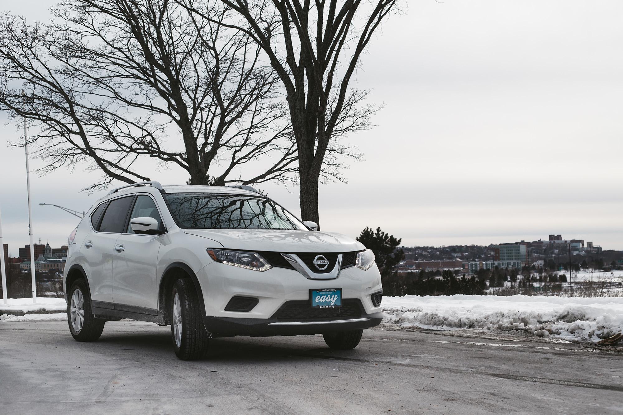2016-Nissan-Rogue-4
